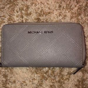 MICHAEL KORS grey wristlet/wallet